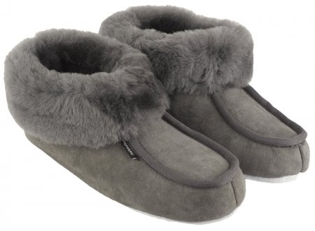Shepherd-sheepskin-slippers-magnus